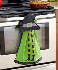 Fabulous Halloween Decoration Ideas For Your Kitchen 34