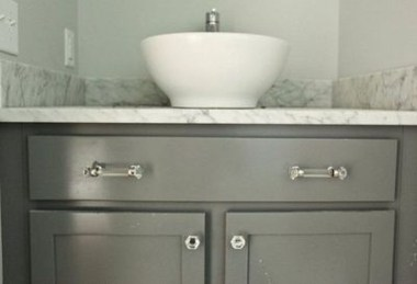 Incredible Bathroom Cabinet Paint Color Ideas 32