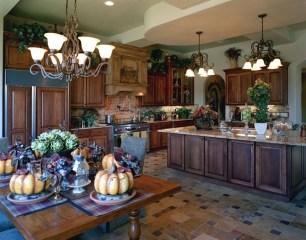 Luxury Tuscan Kitchen Design Ideas 17