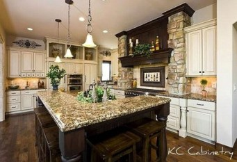 Luxury Tuscan Kitchen Design Ideas 26