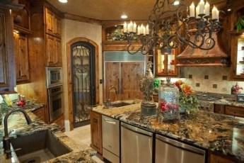 Luxury Tuscan Kitchen Design Ideas 40