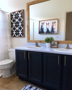 Outstanding DIY Bathroom Makeover Ideas On A Budget 19