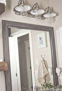 Outstanding DIY Bathroom Makeover Ideas On A Budget 22