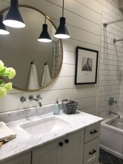 Outstanding DIY Bathroom Makeover Ideas On A Budget 32