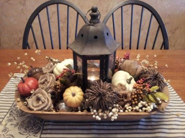Simple Fall Table Decoration Ideas 03