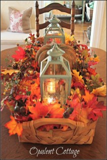 Simple Fall Table Decoration Ideas 19