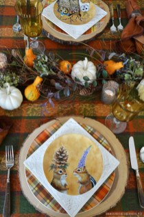 Simple Fall Table Decoration Ideas 22