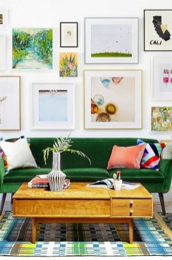 Stunning Living Room Wall Decoration Ideas 24