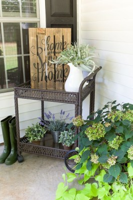 Unique Apartment Small Porch Decorating Ideas 08