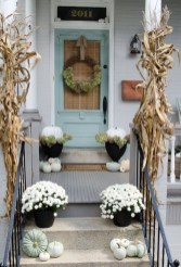 Unique Apartment Small Porch Decorating Ideas 20