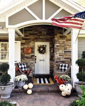 Unique Apartment Small Porch Decorating Ideas 35