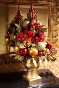 Amazing Christmas Centerpieces Decoration Ideas 39