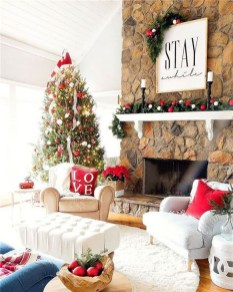 Awesome Fireplace Christmas Decoration To Makes Your Home Keep Warm 47