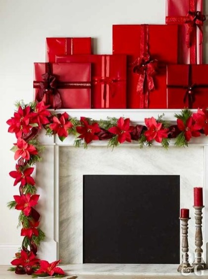 Awesome Fireplace Christmas Decoration To Makes Your Home Keep Warm 60