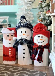 Cool Wood Christmas Decoration You Will Love 35