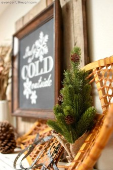 Cozy Rustic Winter Decoration For Your Home 46