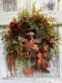 Creative Thanksgiving Front Door Decoration Ideas 04