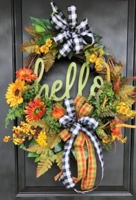 Creative Thanksgiving Front Door Decoration Ideas 05