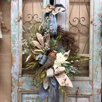 Creative Thanksgiving Front Door Decoration Ideas 14
