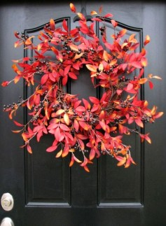 Creative Thanksgiving Front Door Decoration Ideas 19