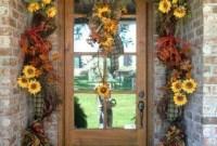 Creative Thanksgiving Front Door Decoration Ideas 56