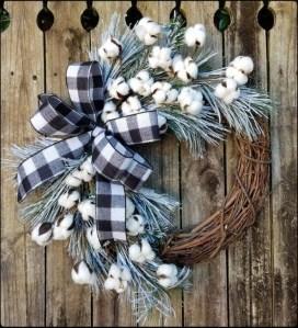 Easy DIY Outdoor Winter Wreath For Your Door 11