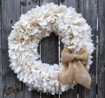 Easy DIY Outdoor Winter Wreath For Your Door 51