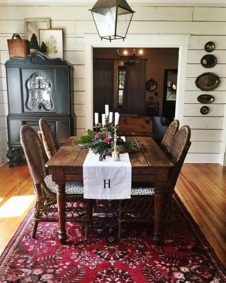 Easy Rustic Farmhouse Dining Room Makeover Ideas 13