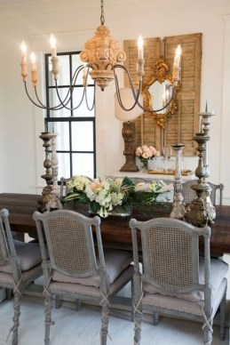 Easy Rustic Farmhouse Dining Room Makeover Ideas 19