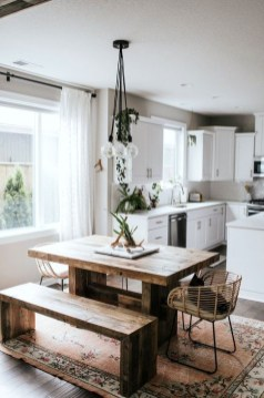 Easy Rustic Farmhouse Dining Room Makeover Ideas 54