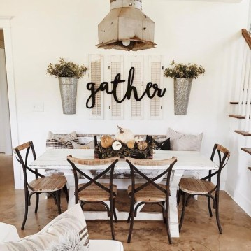 Easy Rustic Farmhouse Dining Room Makeover Ideas 57