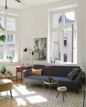 Elegant Scandinavian Living Room Design Ideas 33