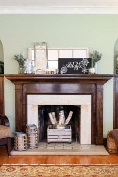 Favorite Mantel Decoration Ideas For Winter 14