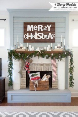 Favorite Mantel Decoration Ideas For Winter 48