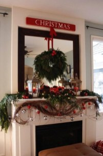 Favorite Mantel Decoration Ideas For Winter 52