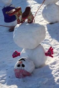 Interesting Snowman Winter Decoration Ideas 47