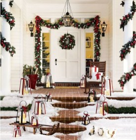 Joyful Front Porch Christmas Decoration Ideas 01