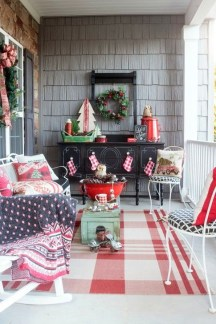 Joyful Front Porch Christmas Decoration Ideas 08