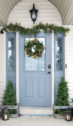 Joyful Front Porch Christmas Decoration Ideas 49