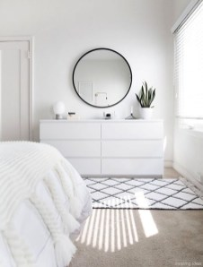 Minimalist But Beautiful White Bedroom Design Ideas 12