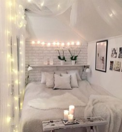 Minimalist But Beautiful White Bedroom Design Ideas 28