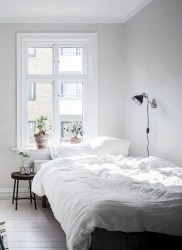 Minimalist But Beautiful White Bedroom Design Ideas 39