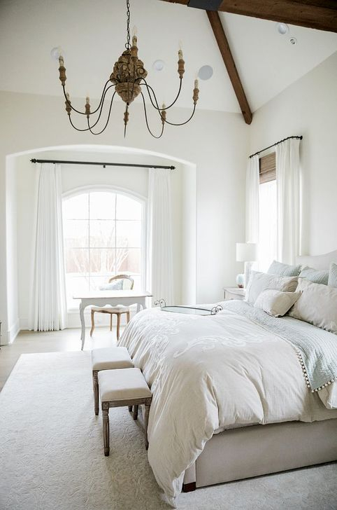 Minimalist But Beautiful White Bedroom Design Ideas 48