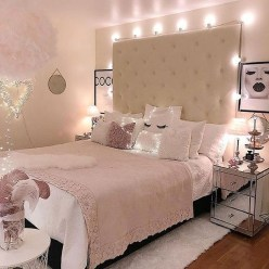 Modern And Romantic Bedroom Lighting Decor Ideas 07