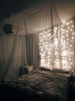 Modern And Romantic Bedroom Lighting Decor Ideas 33