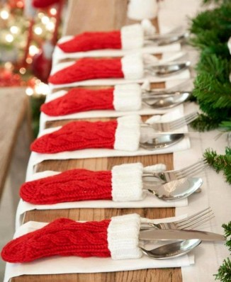 Most Popular Christmas Table Decoration Ideas 24