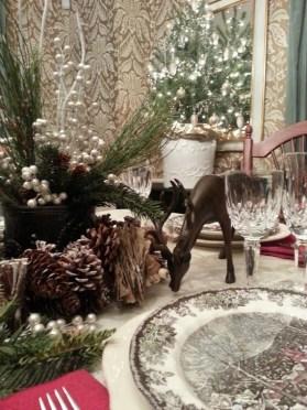 Most Popular Christmas Table Decoration Ideas 32