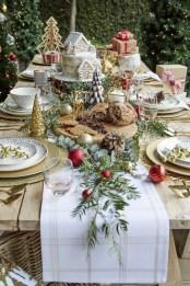 Most Popular Christmas Table Decoration Ideas 45
