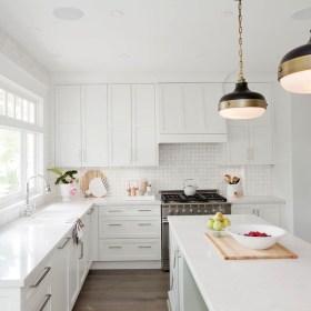 Perfect White Kitchen Design Ideas 11