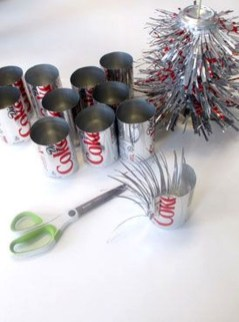 Stunning And Unique Recycled Christmas Tree Decoration Ideas 04